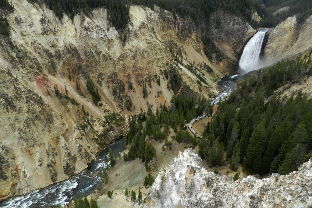 cascada Lower Yellowstone Falls Gran Cañon Parque Nacional de Yellowstone EEUU 13