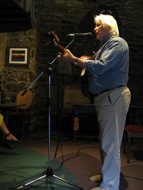 Tom Fairnie plays at Shore Poets June 2013
