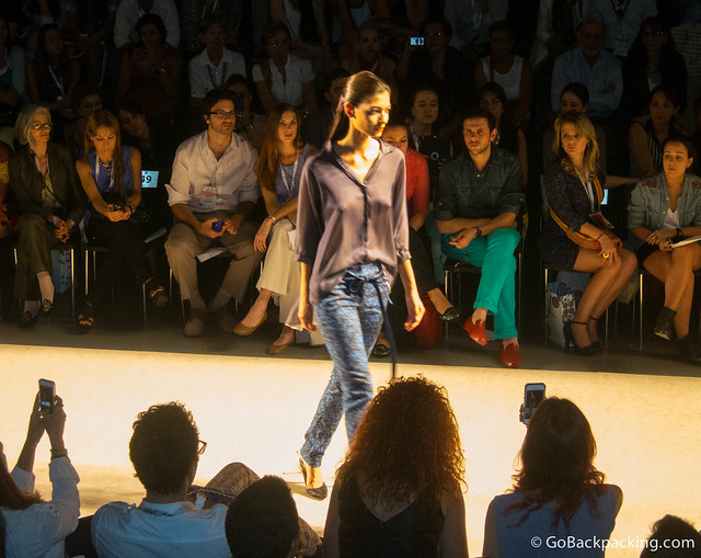 Isabel Henao runway show