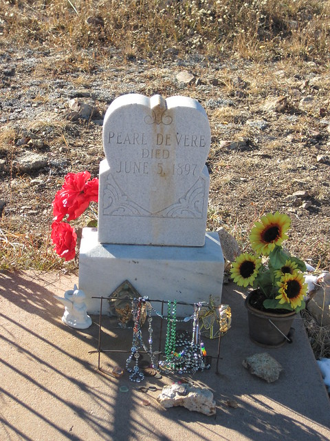 Pearl De Vere's Grave at the Mt. Pisgah Cemetery