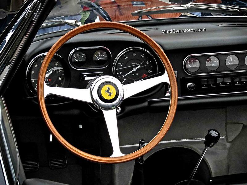 Ferrari 275 GTB/4 NART Spyder Interior