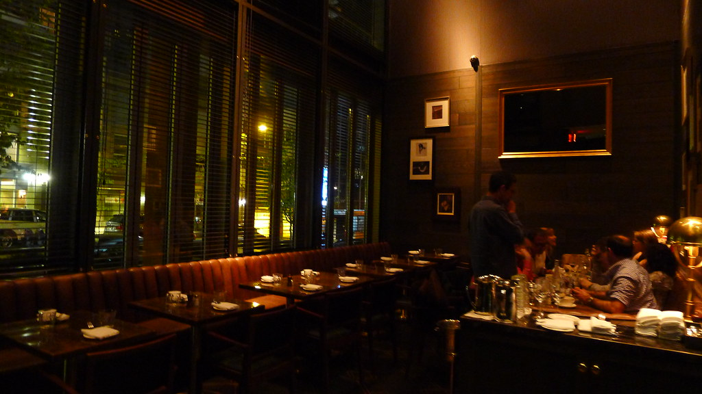 Best date night restaurants vancouver most romantic for Bar food vancouver