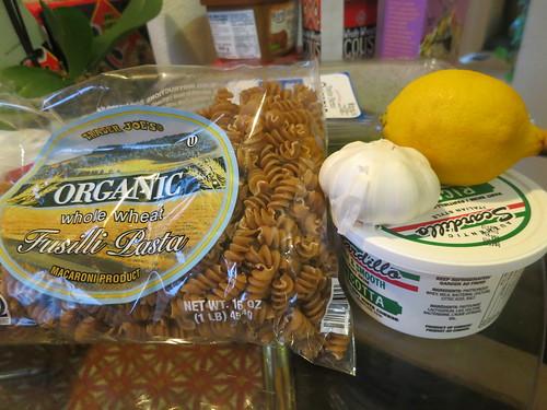 Ricotta, spinach and pesto pasta