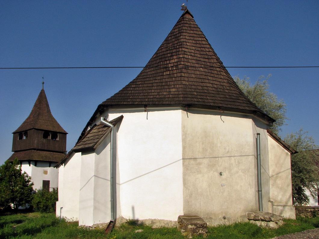 Kostol v Pôtri, zadný pohľad