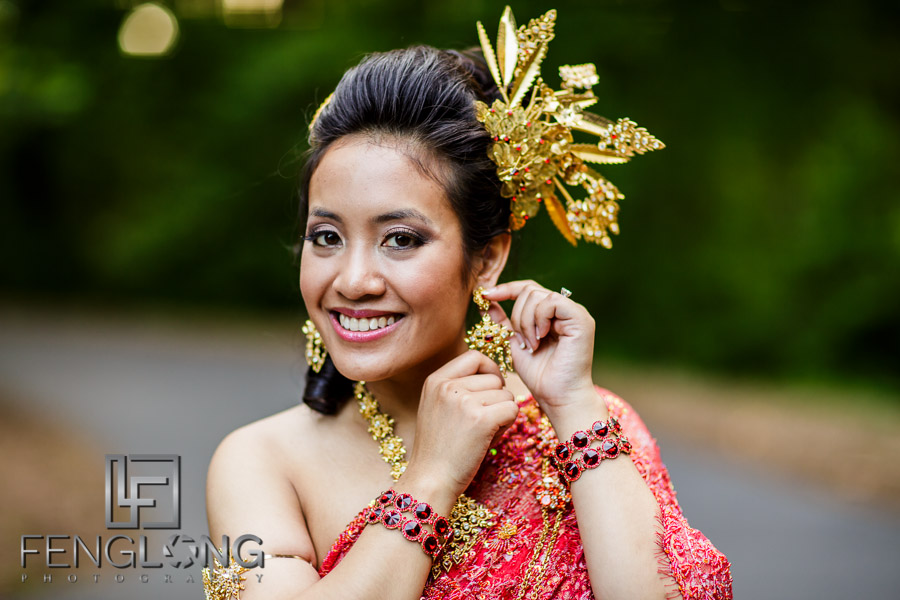 Cambodian bride and groom in a portrait photo on their wedding day