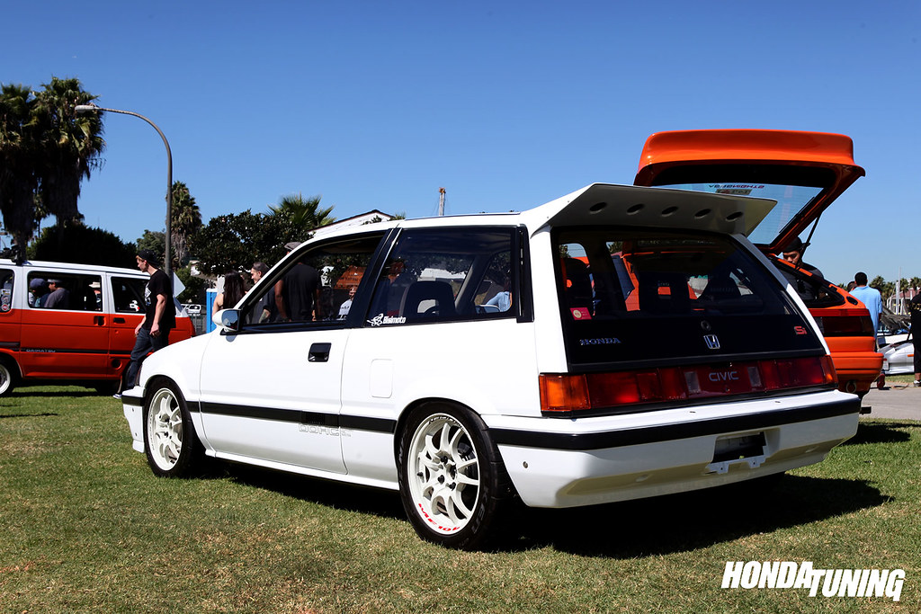 japanese-classic-car-show-ryan-basseri-86-civic-si-27