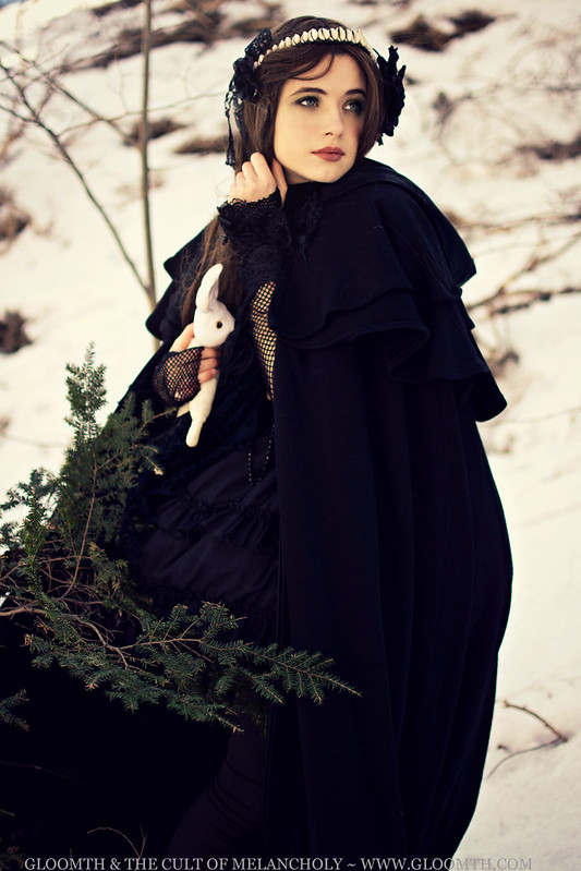 gloomth mouna tahar photoshoot goth gothic cape woods forest dark morigirl