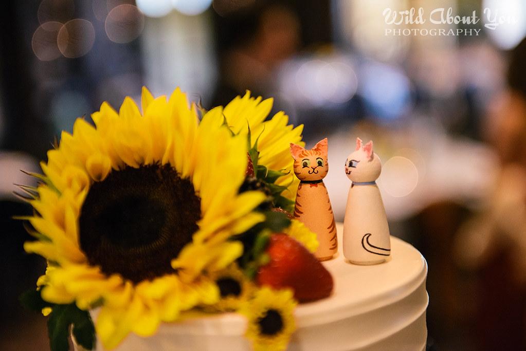 kitty cake topper
