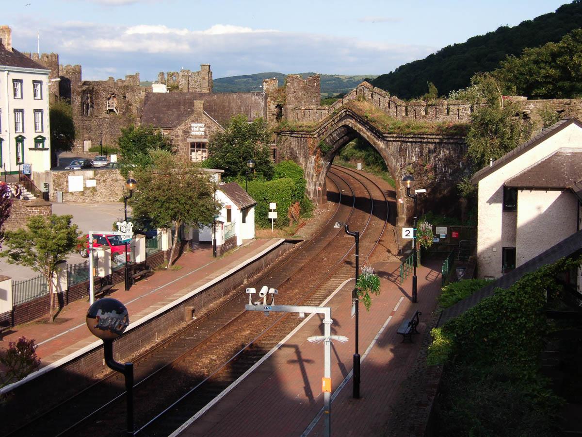 Estación de ferrocarril de Conwy