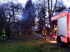 Brennender Baum Eichenwaldstr. 05.03.14