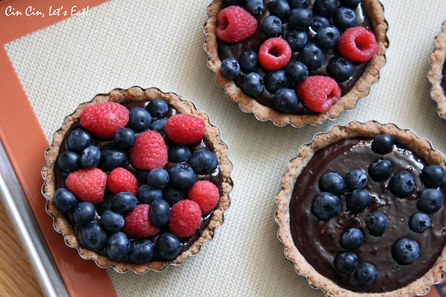 Chocolate berry tarts 1