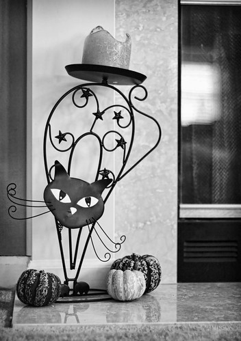 Haunted Halloween Decor