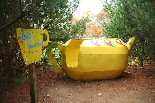 Alice in Wonderland Teacups