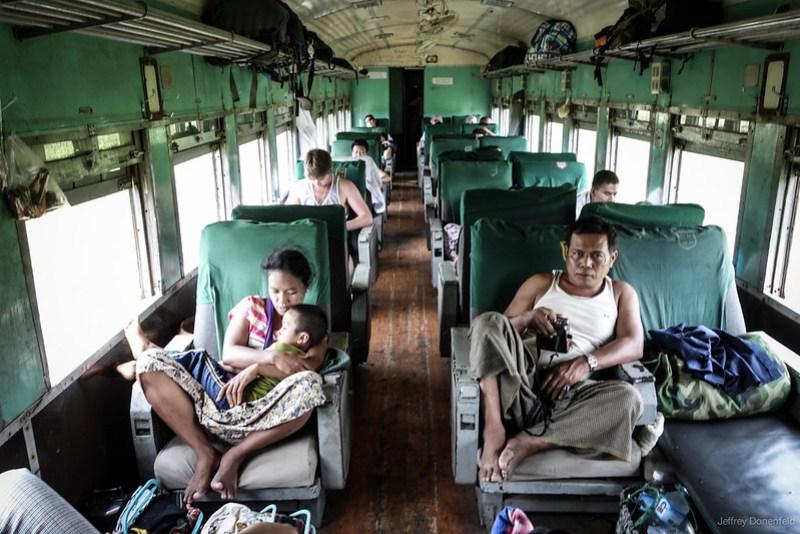 2013-05-13 Hsipaw>Mandalay - DSC01621-FullWM