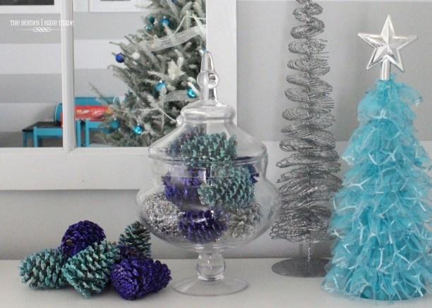 Glittered Pinecones-007