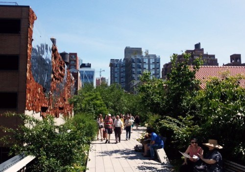 High Line hiking