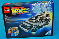LEGO Back to the Future DeLorean (2)