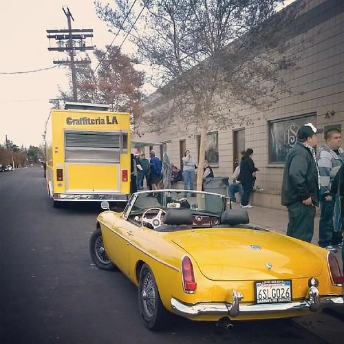 Twas a yellow day with Graffiteria LA.