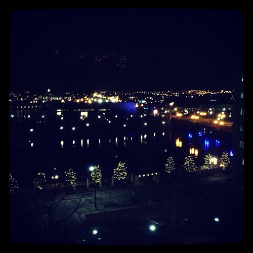 Night view of the river by @MySoDotCom