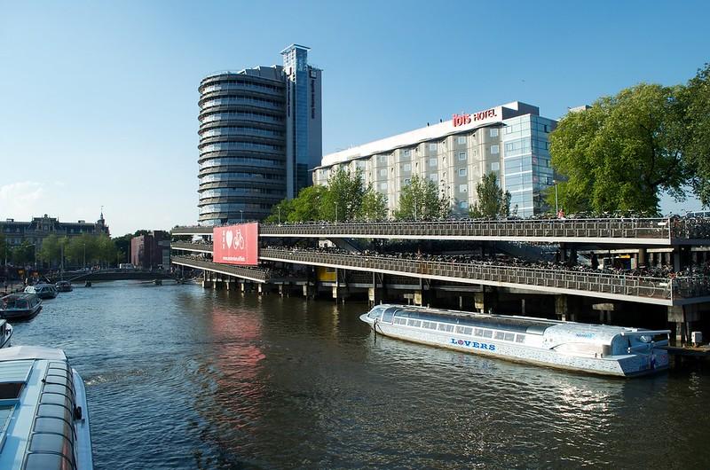 Amsterdam IMAGE2_sml