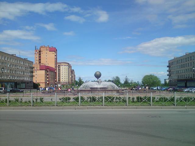 Lomonosov (1/2)