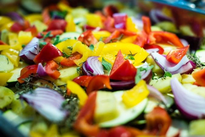 Geroosterde groenten: courgette, paprika, ui, knoflook en verse oregano