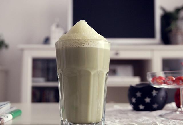 Vanille-Soja-Matcha Latte