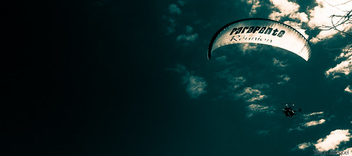 Paraglider La Reunion by Zeeyolq Photography