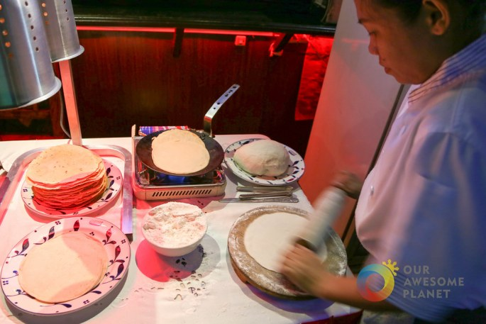HOWZAT Friday Indian Curry Buffet-24.jpg