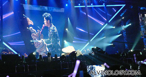 Jay Chou on the piano