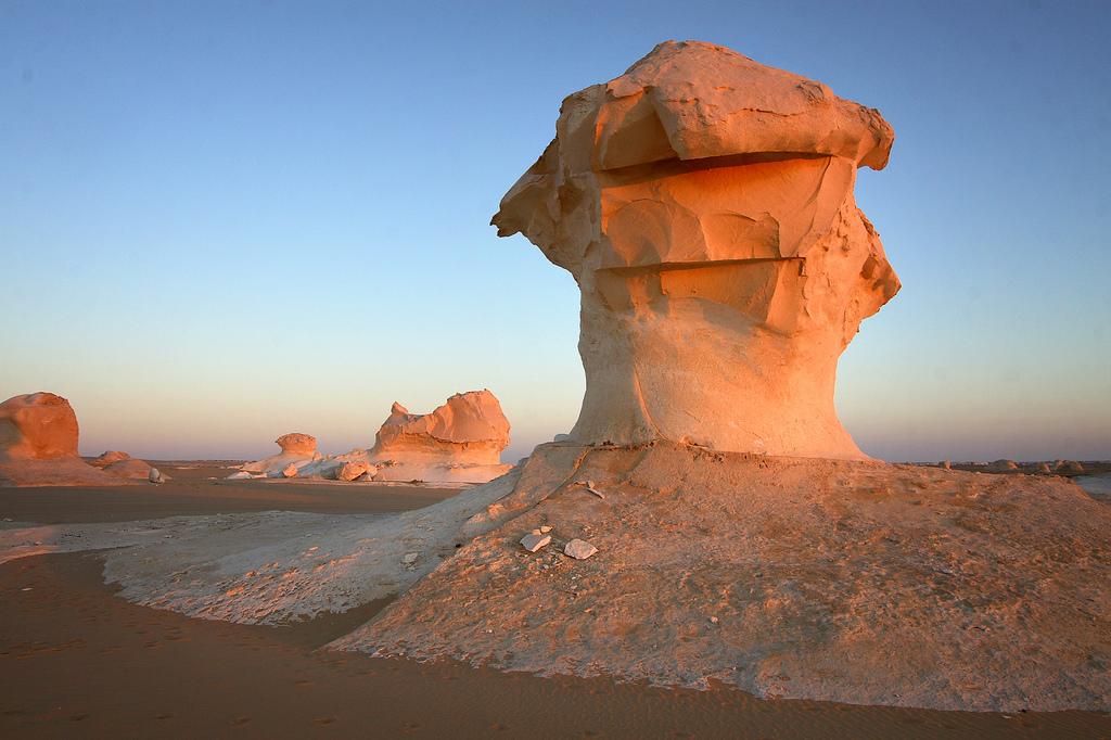 9. Desierto blanco de Egipto. Autor, anónimo.