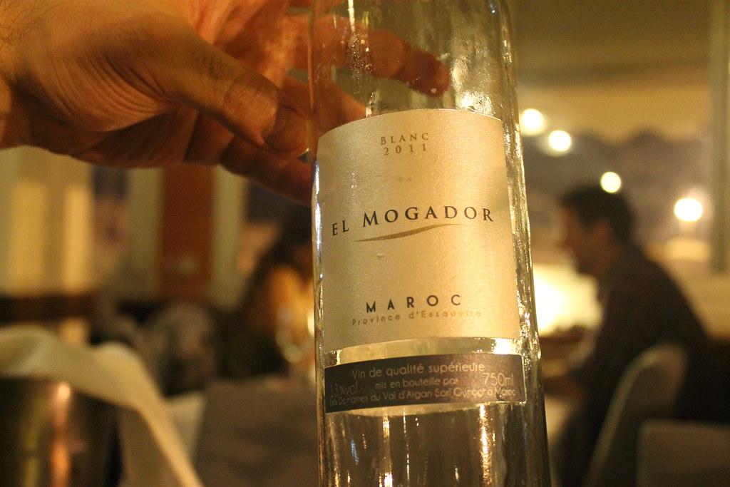 Vino blanco marroquí