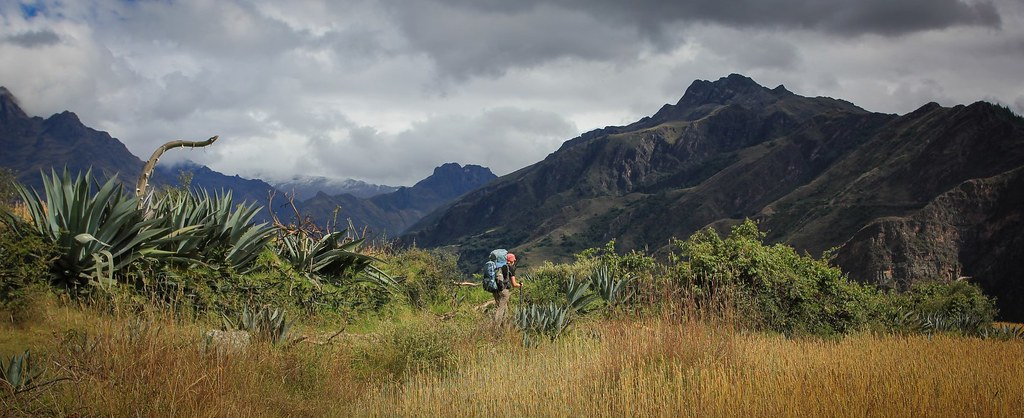 Leaving the Andean village of Yanama through farming lands towards the Quebrada Huaripampa. The acutal glaciated peaks are hidden in thick clouds, unusual for the time of the year.