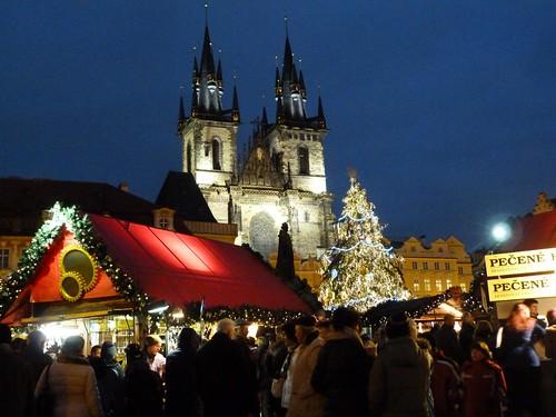 Plaza de la Ciudad vieja de Praga en Navidad