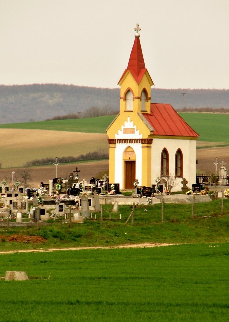 Kaplnka na cintoríne v Kosihách n. Ipľom