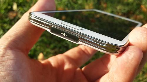 ฝาปิดกันน้ำเข้าของ Samsung Galaxy S5