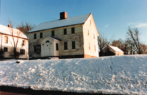 Stewart house front winter 1987.jpg