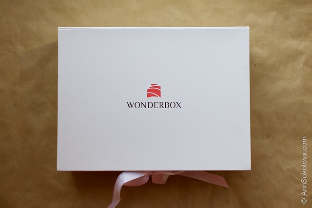 01 Wonderbox August 2014 limited edition