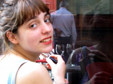 9i08 Chica sonrisa y otros006 variante 1 Uti 450
