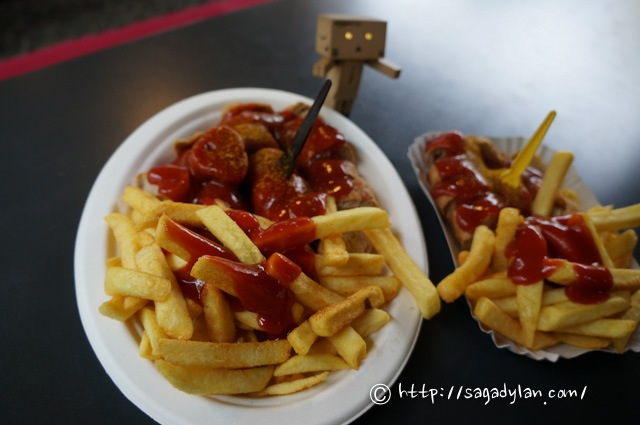 berlin1-currywurst-kadewe-16