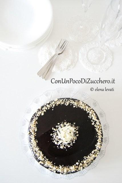 Black and White chocolate cake