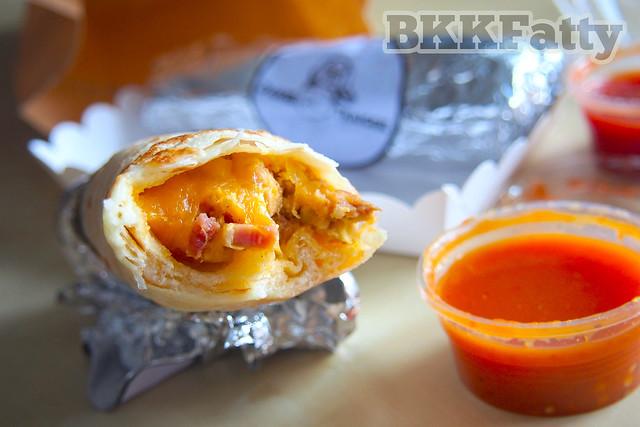 daniel thaiger breakfast burrito