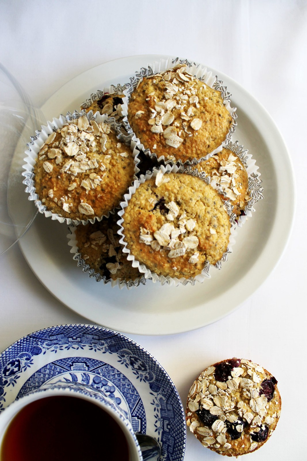 blueberry oat bran muffins with chia