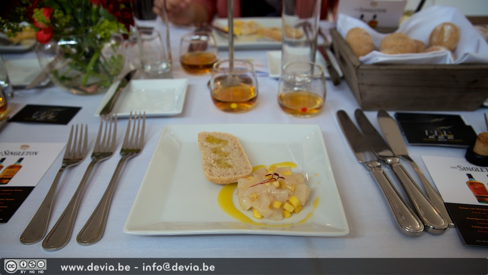 Tartaar van Sint Jacobsvrucht met mango en Singleton Sunray