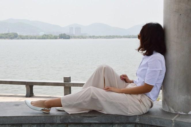 short sleeve white blouse, palazzo pants, white slingback flats
