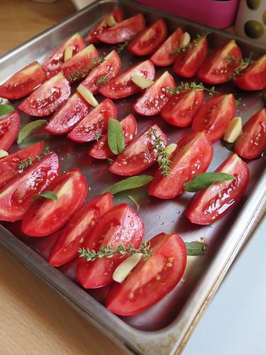 tomates confites four rapide