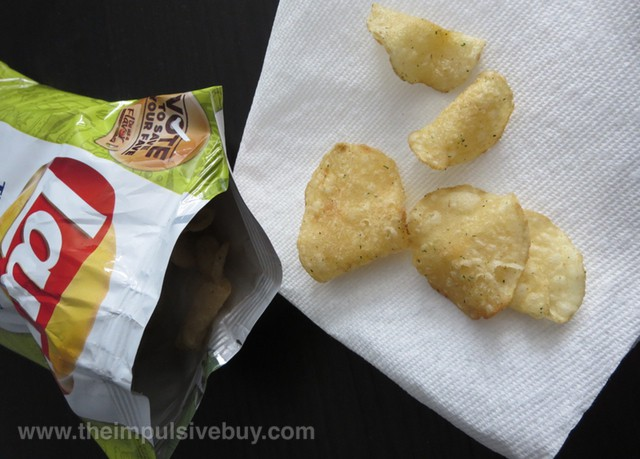 Lay's Kettle Cooked Wasabi Ginger Potato Chips Closeup