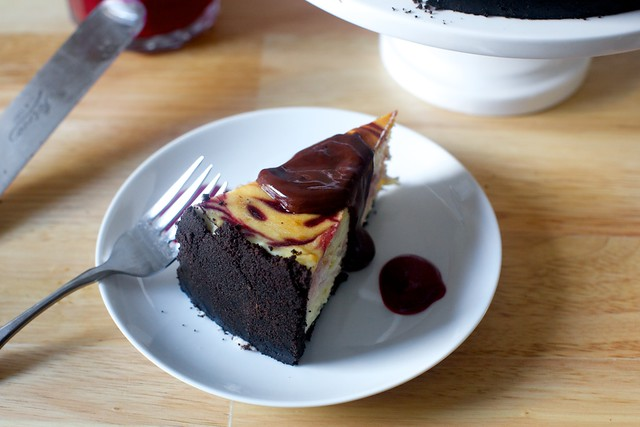 raspberry swirl cheesecake with ganache