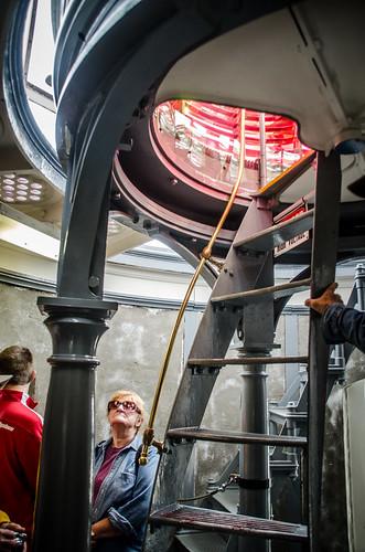 Access to Umpqua Lighthouse Lamp