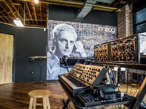Moog Music Tour-002